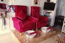Ghế nail màu đỏ tại hungphatsaigon.vn