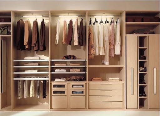 Tủ quần áo âm tường giúp tiết kiệm được khá nhiều diện tích