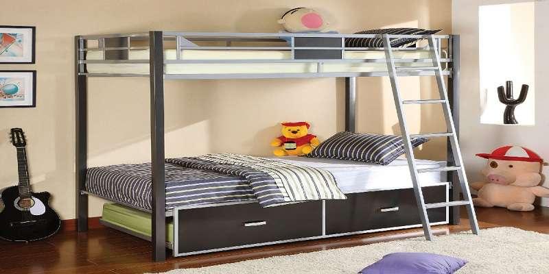 Giường tầng bằng sắt tiện lợi